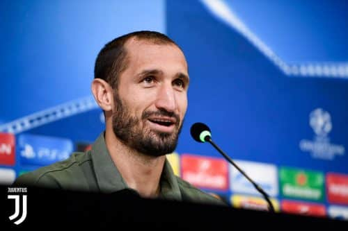 Conferenza Chiellini. Il difensore ha risposto